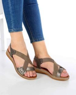 Ruffi Platin Cilt Çapraz Lastikli Kadın Sandalet