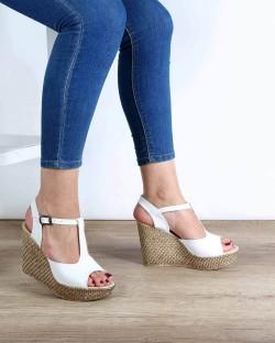 Nenna Beyaz Cilt Dolgu Topuk Kadın Sandalet