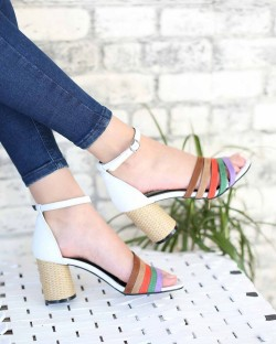 Lella Beyaz Cilt Renkli Bilek Bağlı Kadın Ayakkabı