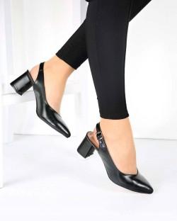 Siyah Kesik Topuk Tokalı Topuklu Kadın Ayakkabı
