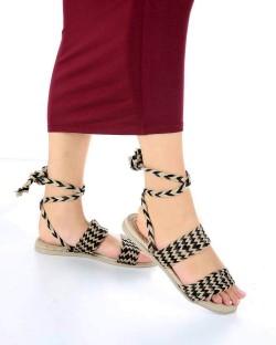 Benny Siyah Bej Kilim Desen Kadın Sandalet