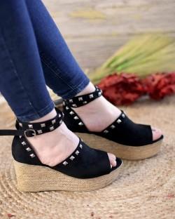 Celso Siyah Süet Troklu Bilek Bağlı Kadın Sandalet
