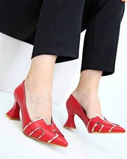 Danise Piramit Topuk Kadın Ayakkabı