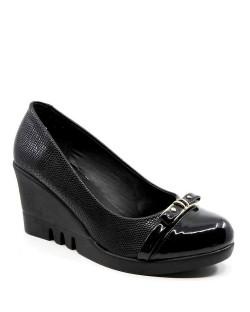 Donette Siyah Rugan Dolgu Topuk Tokalı Kadın Ayakkabı