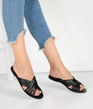 Siyah Çapraz Parçalı Kemer Kadın Sandalet