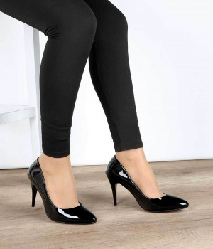 Siyah Rugan İnce Topuk Klasik Kadın Stiletto