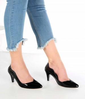 Moreno Siyah Rugan Kısa Topuk Kadın Stiletto