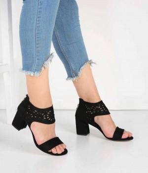 Siyah Süet Lazer Kesim Bilek Bantlı Topuklu Kadın Ayakkabı