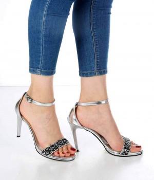 Alisse Gümüş Taş İşlemeli İnce Topuk Kadın Ayakkabı