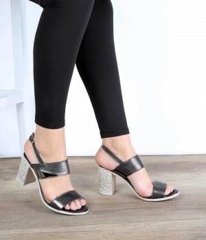 Platin Renk Desenli Topuk Bilekten Bağlı Kadın Ayakkabı