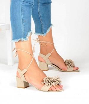 Bej Süet Çiçek Kemer Sarma Bilek Bağlı Kadın Ayakkabı