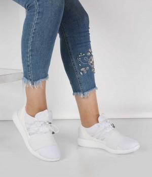 Beyaz Anorak Lastikli Bağcık Kadın Spor Ayakkabı