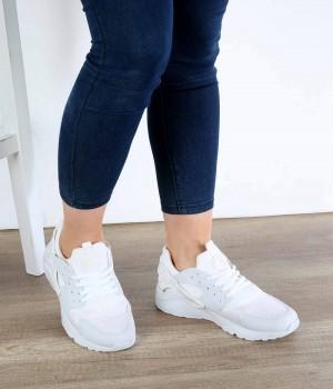 Beyaz Bağcıklı Poli Taban Kadın Spor Ayakkabı