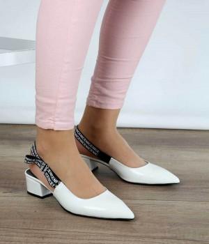 Beyaz Baskı Cilt Sivri Burun Topuktan Bağlı Kadın Ayakkabı