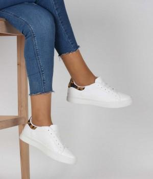Beyaz Cilt Leopar Sırt Bağcıklı Kadın Spor Ayakkabı