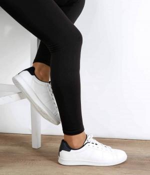 Beyaz Cilt Siyah Sırt Bağcıklı Kadın Spor Ayakkabı