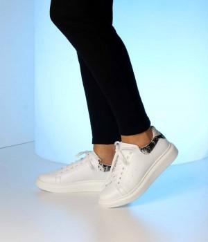 Beyaz Cilt Yılan Sırt Bağcıklı Kadın Spor Ayakkabı