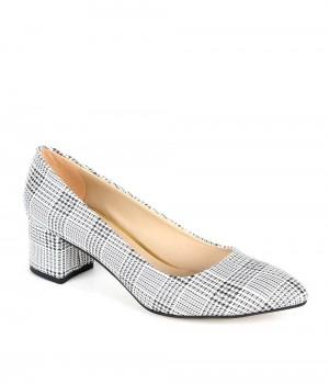 Beyaz Ekose Kısa Topuklu Kadın Ayakkabı