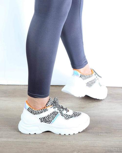 Beyaz Turuncu Leopar Desenli Bağcıklı Kadın Spor Ayakkabı