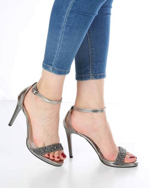 Alisse Platin Taş İşlemeli İnce Topuk Kadın Ayakkabı